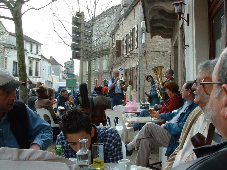Café at Limogne on market day