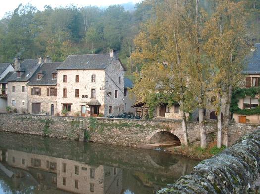 Main street running alongside the Aveyron