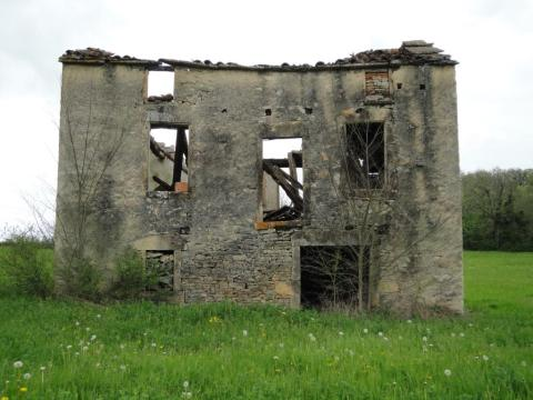 Ruins like this are not uncommon in the French countryside