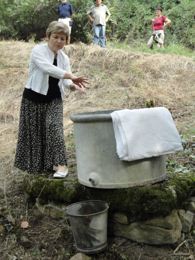 Espinas - old style washing machine