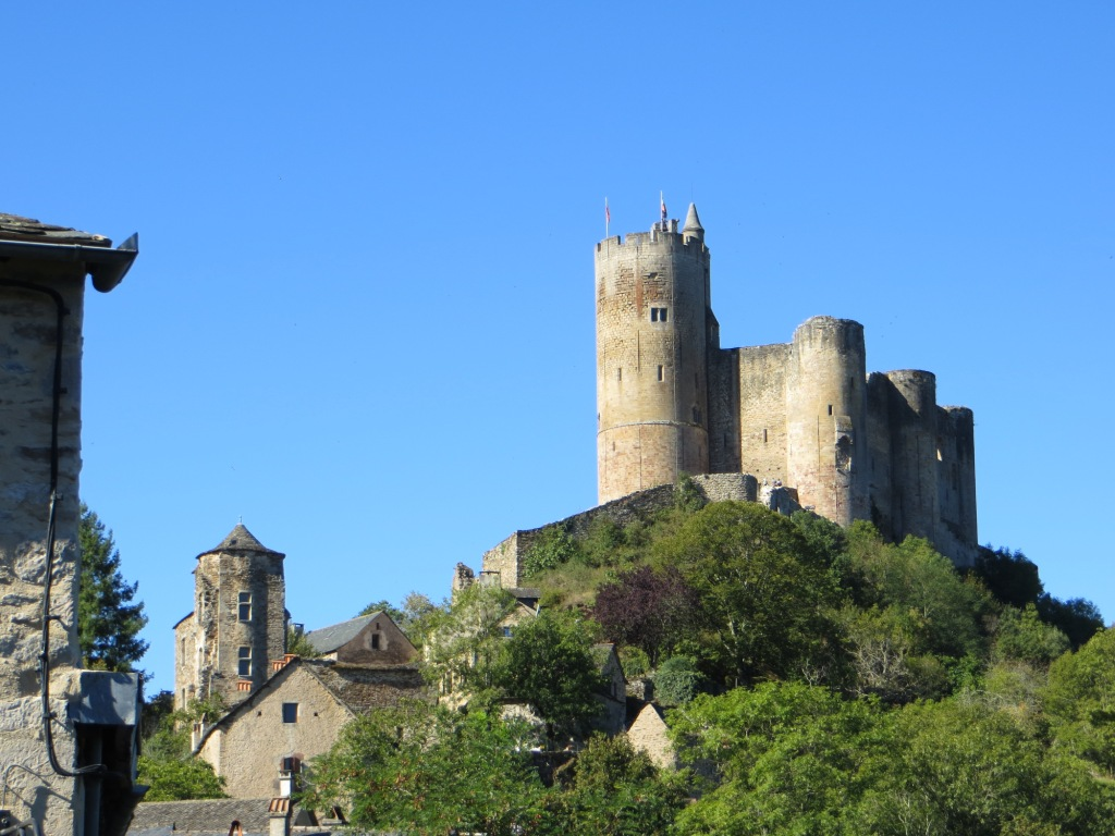 Dominating château of Najac - smaller Seneschal's house on the left