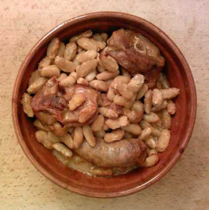 Cassoulet: Photo - Guilhem06 Wikimedia Commons