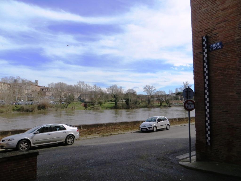 Montauban - River Tarn
