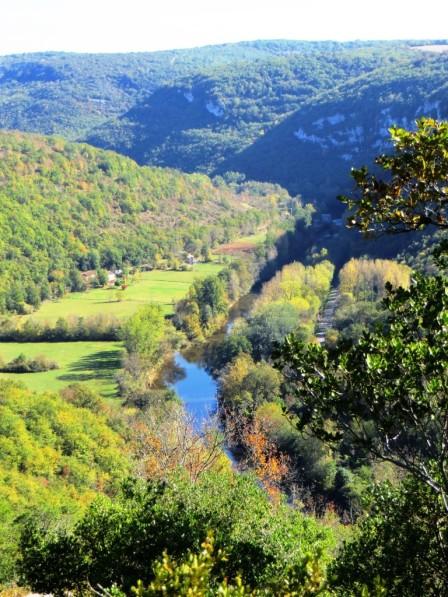 River Aveyron below Saint-Antonin