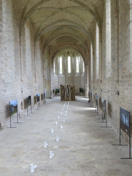 Virginie's exhibition set off by the Cistercian purity of the abbey