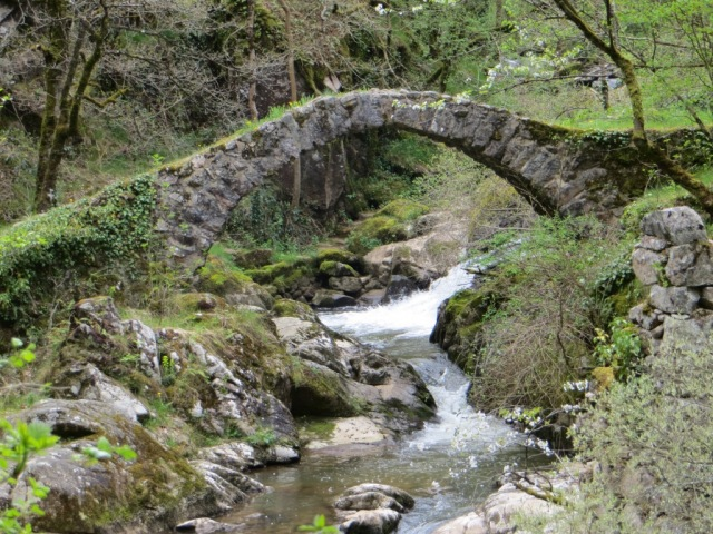 Pont du Parayre - mule and pilgrim track