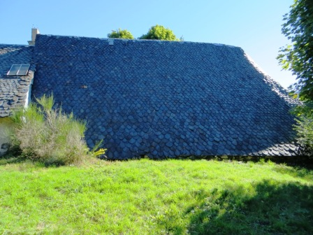 Typical Cantal barn, with roof down to the ground