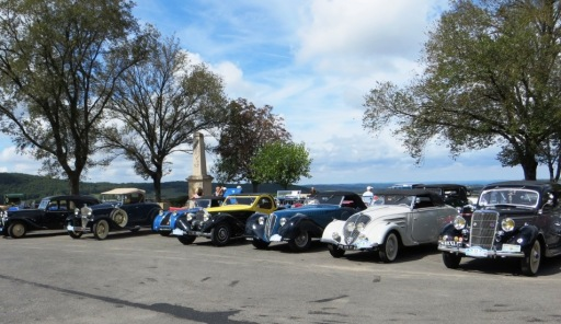 Classic cars on the esplanade