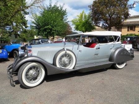Elegant Rolls Royce