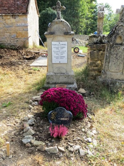 Family grave ready for Toussaint
