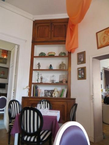 Chez Oscar - townhouse décor