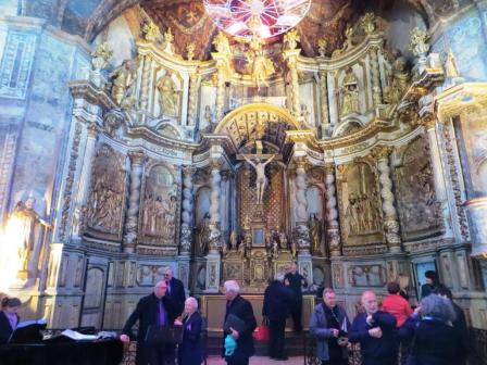 Gilded reredos - choir members milling about in the way of my shot