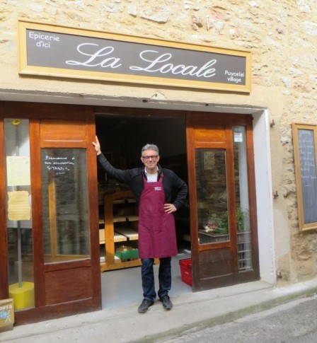 Philippe Audard outside his Puycelsi shop
