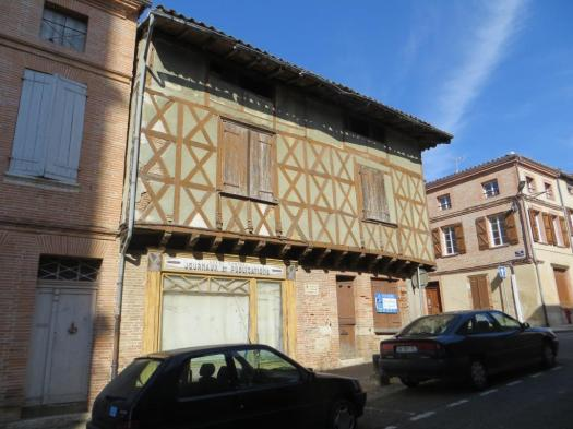 15th-century residence of the Seigneurs d'Argombat