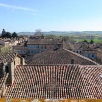 Beaumont-de-Lomagne: Garlic Capital of Southwest France
