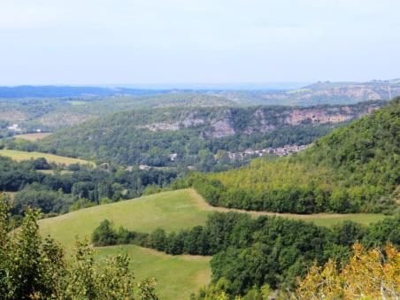 View towards Bruniquel