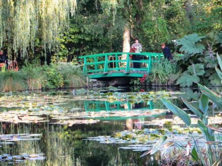 Giverny - water lily pond 2