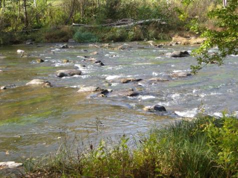 River Viaur rushing over the rocks