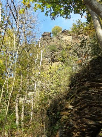 The Roc del Gorp - a rocky outcrop by the River Viaur, much favoured by climbers