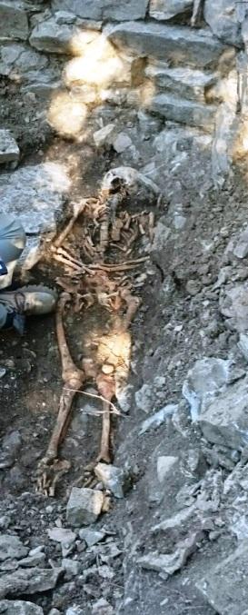 Skeleton of a woman