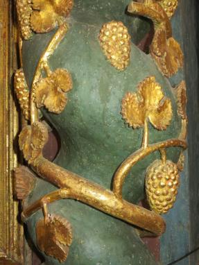 Detail on a pillar behind the altar