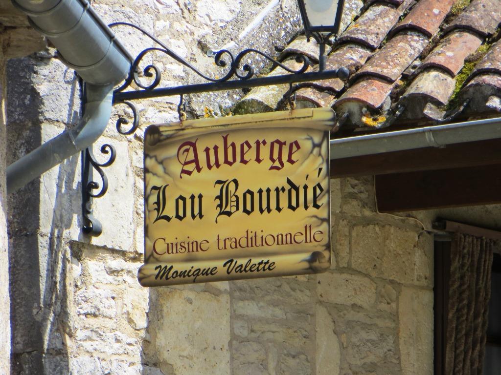Popular hostelry in Bach