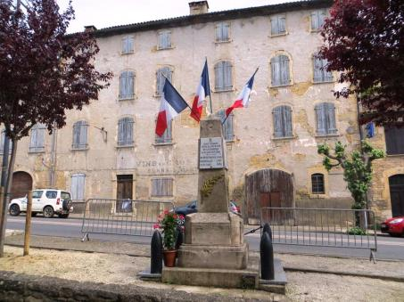 Caylus - resistance memorial 3