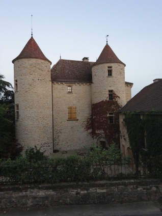 Château de l'Astorguié in the summer twilight