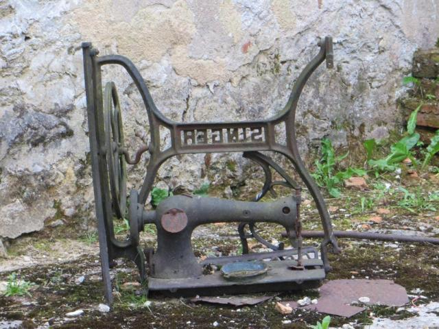 One of many sewing machines that resisted the flames