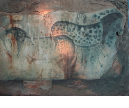 Spotted horses from the Grotte de Pech Merle (replica in Brno Museum). Wikimedia Commons
