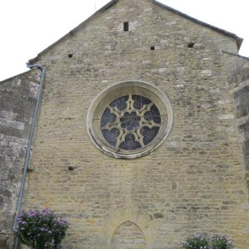 Puylagarde rose window