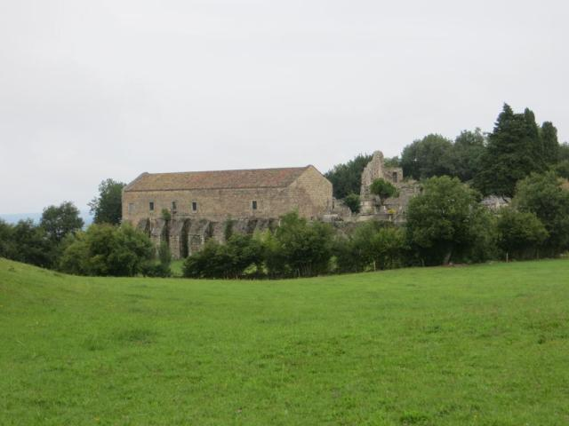 Vaour - commandery barn