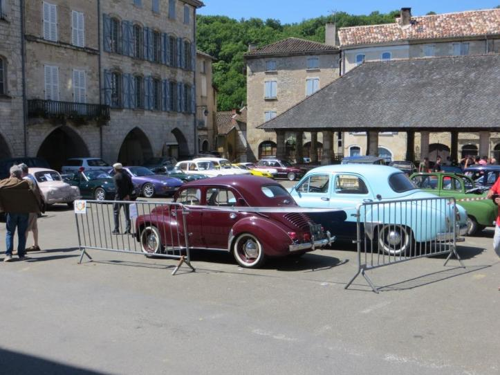 Caylus - vintage cars 1