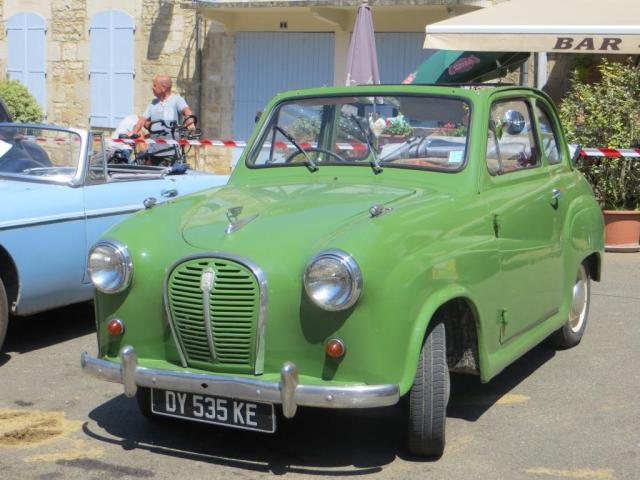 Caylus - vintage cars 2