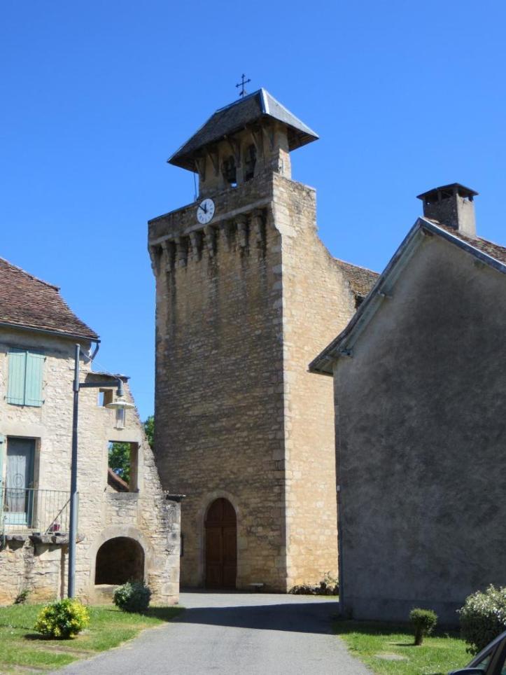 Loze - church front