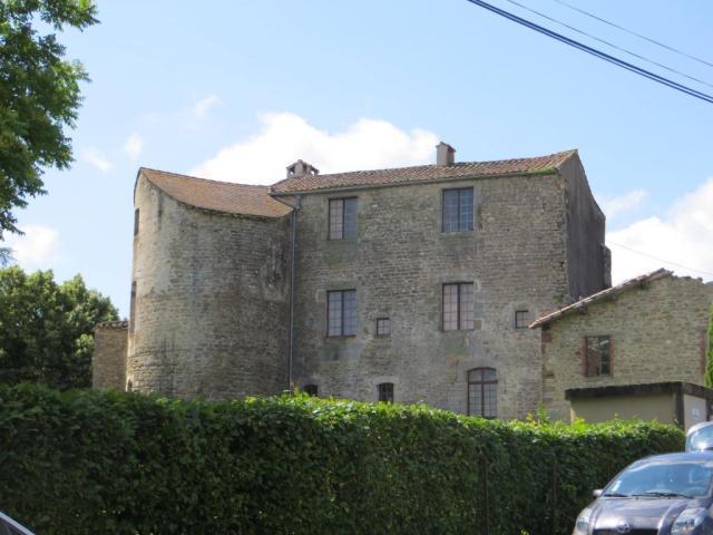 Saint-Michel de V chateau 2
