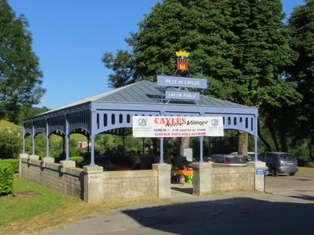 Caylus lavoir restored