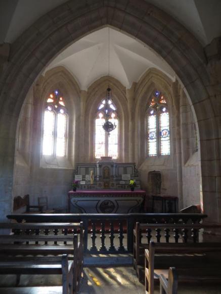 Notre-Dame des Grâces interior