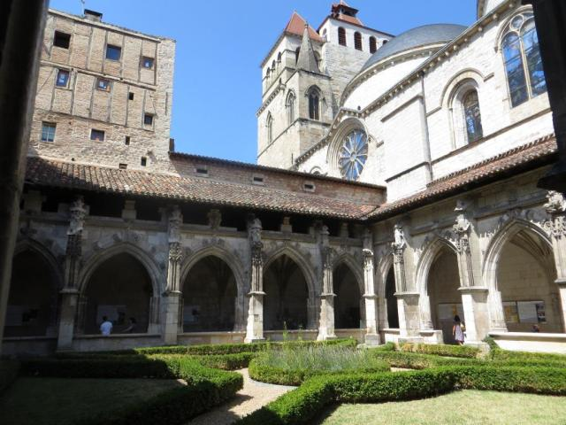 Cahors - cathedral cloister