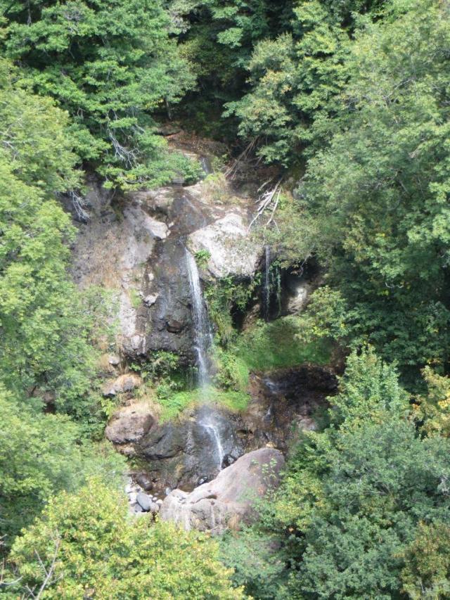 Cantal - Cascade de Roucolle