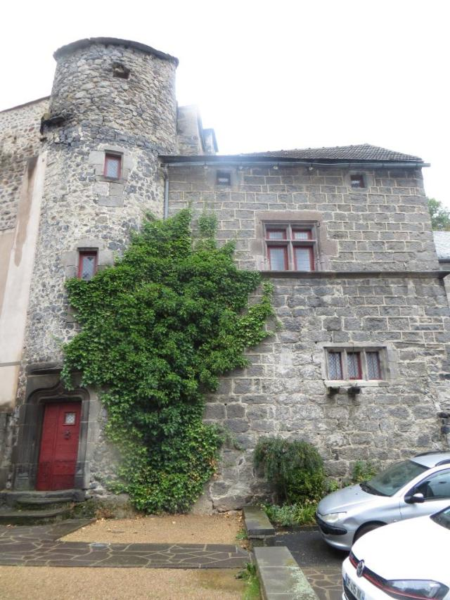 Cantal - Murat doctor's house