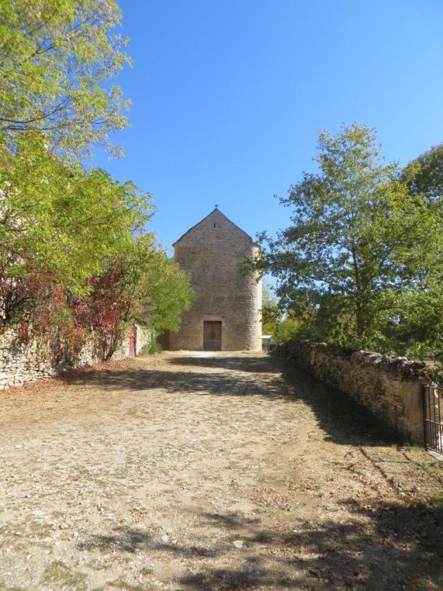 Toulonguergues - church front
